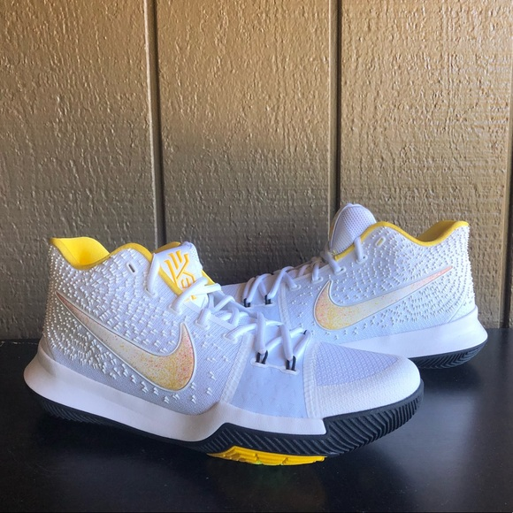 buy online 5c4f7 7fe06 Nike Kyrie 3 N7 Men's Basketball Shoes Size 11.5 NWT